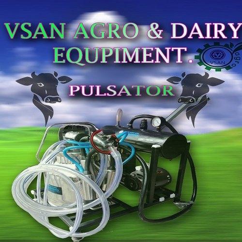 Vsan Agro Pulsator Milking Machine With Trolley